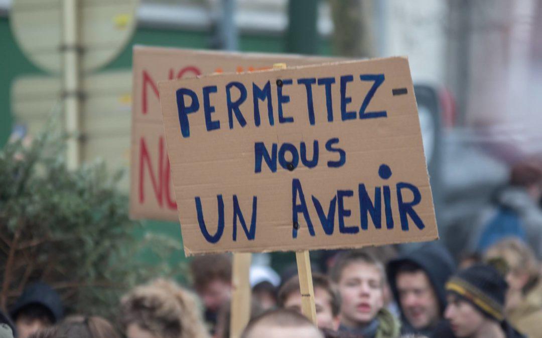 """De gemeenteraad van de stad Brussel stemt unaniem voor een motie Ecolo-Groen-PS-Défi ter ondersteuning van de beweging """"Youth 4 Climate"""""""